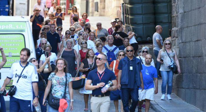 El empleo en el sector turístico crece un 4,5 por ciento en el último año y vuelve a marcar un registro histórico en el mes de noviembre en la región