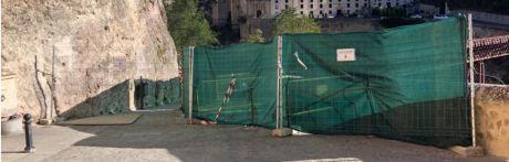 Reabierto el acceso peatonal de la calle Canónigos