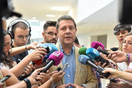 García-Page pide a Arrimadas que Ciudadanos facilite la investidura de Sánchez