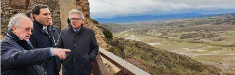Diputación invertirá 200.000 euros en el Conjunto Histórico de Moya para actuar en las murallas y la torre del homenaje
