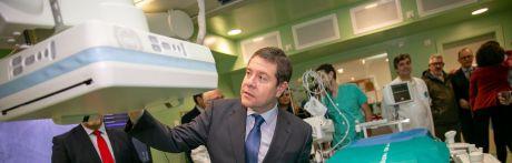 El nuevo servicio de Hemodinámica del Virgen de la Luz ha evitado ya 200 desplazamientos a otros centros hospitalarios