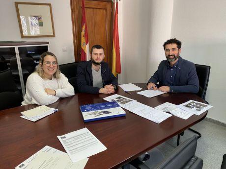 La Junta entrega una vivienda pública en la localidad de Villaescusa de Haro