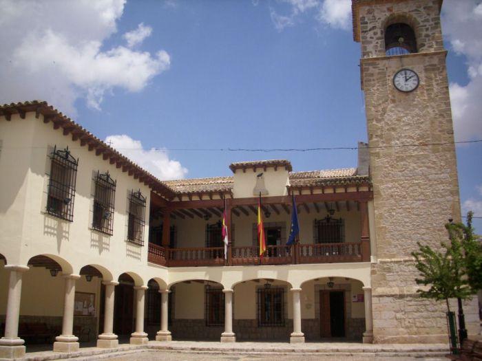 En imagen el ayuntamiento de Mota del Cuervo