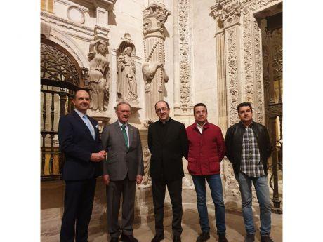 """Globalcaja muestra su apoya al proyecto """"Ilumina la Catedral"""""""