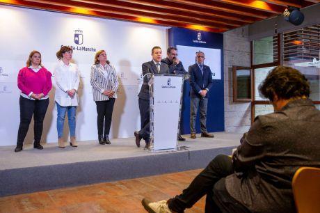 Emiliano García-Page comparece ante los medios de comunicación, en la Consejería de Sanidad, en Toledo, para informar sobre la estrategia regional ante el coronavirus