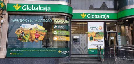 Globalcaja adelanta el pago de las pensiones y recomienda el cobro a través de su red de cajeros