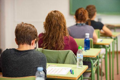 Se aplazan las oposiciones de docentes a secundaria a 2021