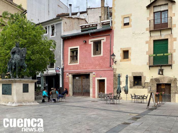 La lluvia y la incertidumbre dejan cerrados muchos bares de Cuenca