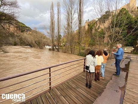Imagen de archivo | Crecida del río Júcar a su paso por la capital