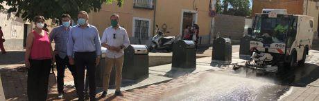 Continúa la limpieza integral barrio a barrio con medios adicionales: doce trabajadores más y máquinas específicas