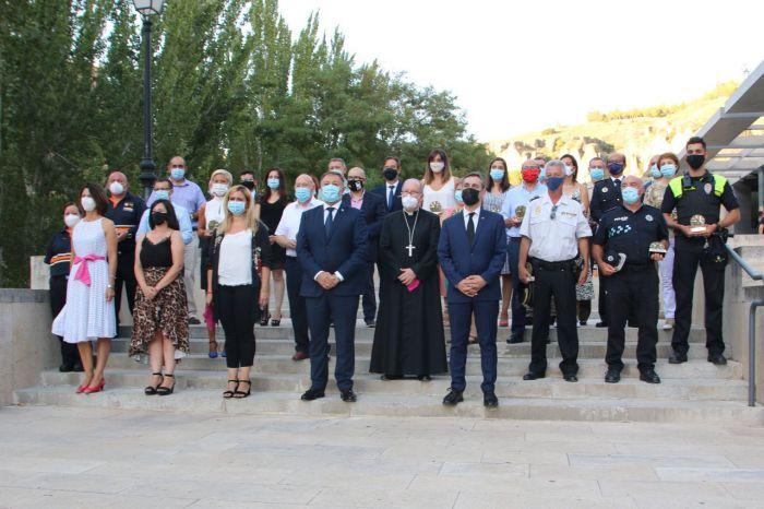 Emotiva entrega de los Premios Ciudad de Cuenca a los profesionales de los servicios esenciales y en recuerdo de las víctimas de la pandemia