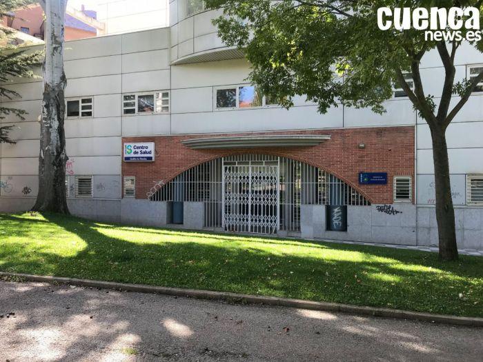 El Colegio de Médicos alerta de la situación límite del sistema sanitario y del agotamiento de sus profesionales