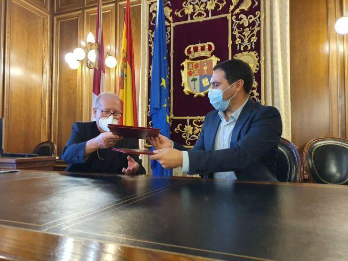 La Diputación y el Obispado renuevan el convenio para invertir 700.000 euros en 16 edificios religiosos de la provincia