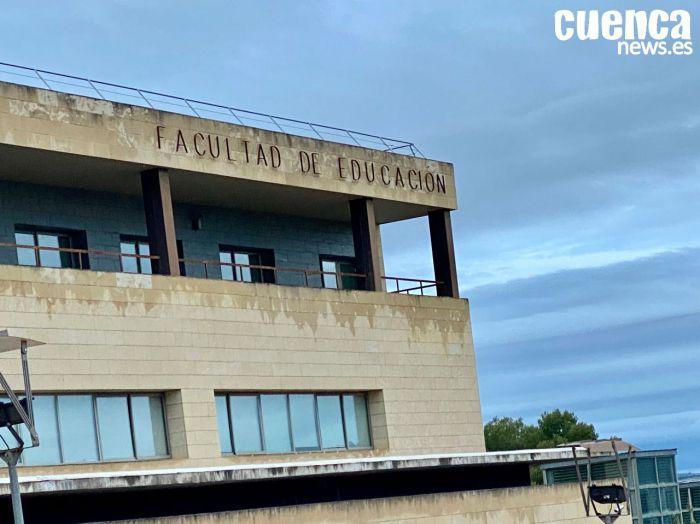 Facultad de Educación en el campus de Cuenca