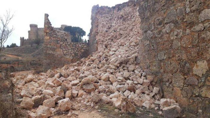 El Ayuntamiento de Belmonte requiere a los dueños del Castillo la reparar de la muralla medieval