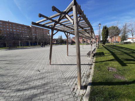 Solicitan la intervención de forma urgente en el parque Siglo XXI