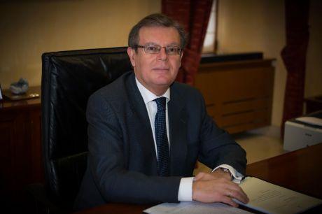 Miguel Ángel Collado vota con buenas sensaciones sobre su proyecto y su gestión en la UCLM