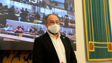 La Comisión Electoral de la UCLM proclama definitivamente a Julián Garde como rector de la UCLM