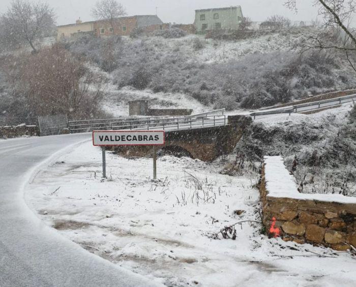 La nieve y el hielo condicionan la circulación en la provincia