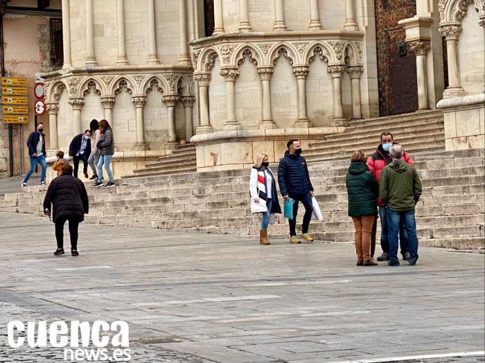 Cuenca inicia la semana con 328 nuevos casos de coronavirus y cuatro fallecidos