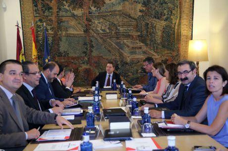 El Consejo de Gobierno se reúne este jueves para bajar las restricciones motivadas por la pandemia