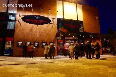 La Covid apaga los proyectores de cines, que anhelan reabrir sus puertas