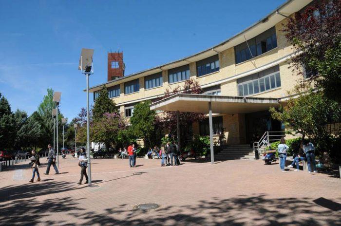 La Facultad de Ciencias Sociales acoge unas Jornadas Feministas enfocadas en la economía y el derecho