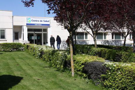 El Colegio de Médicos muestra preocupación por la evolución de la asistencia telefónica o telemática de los pacientes en Atención Primaria
