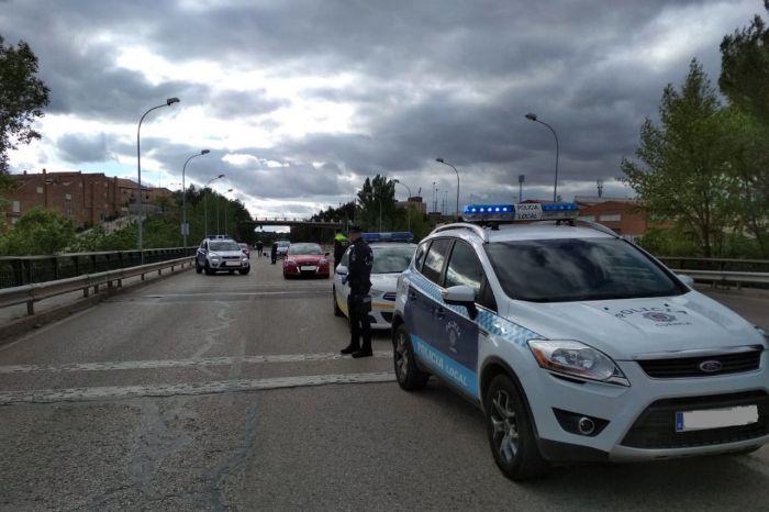 Efectivos de Policía Local y Agentes de Movilidad