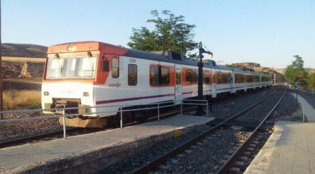 Indignación en IU ante la ausencia de respuestas del Gobierno sobre el futuro de la línea de tren regional Madrid-Cuenca-Valencia.