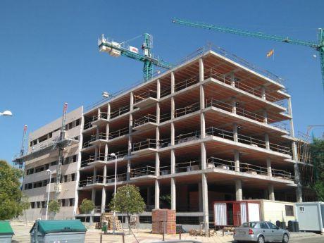 La Asociación de Empresarios de la Construcción avisa de que la compraventa de viviendas vuelve a números negativos en 2021