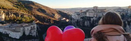 La capital recupera el pulso al turismo mientras que los hosteleros reclaman prudencia por el momento