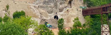 """El informe del IGME señala que el derrumbe no ha afectado al """"macizo rocoso"""" sobre el que se asientan las Casas Colgadas y la Catedral"""