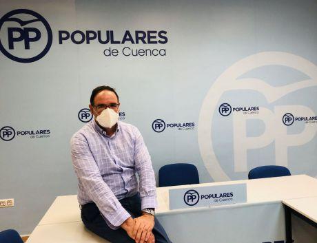 Prieto descarta que el PP deba tomar medidas contra Cospedal por su imputación
