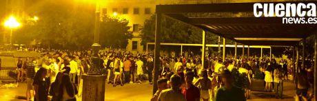 Indignados con las imágenes de los macrobotellones de este fin de semana en la capital