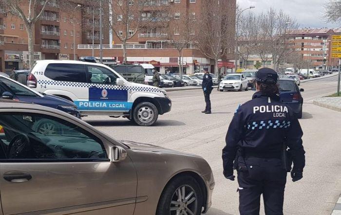 Efectivos de Policía Local y Agentes de Movilidad efectúan controles de alcohol y drogas esta semana