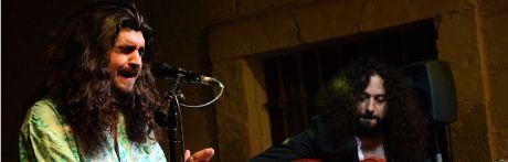 El flamenco de Israel Fernández provoca un choque de elementos patrimonio de la humanidad