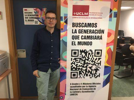 En imagen Ricardo Martínez, decano de la Facultad de Ciencias Sociales