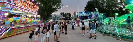El Recinto Ferial recibe una media de 8.000 visitantes al día en la zona de atracciones en sus 4 primeros días