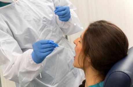 41 nuevos contagios por Covid-19 en las últimas 24 horas en Cuenca