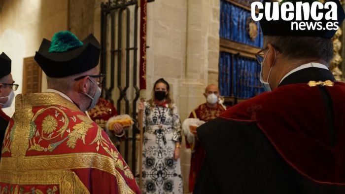 San Mateo 2021   Galería de imágenes de la entrega simbólica del Pendón de Alfonso VIII al pueblo conquense