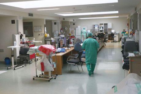 Continúa la reducción de hospitalizados por COVID-19 en Castilla-La Mancha, en un nuevo día sin fallecidos