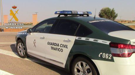 La Guardia Civil detiene al responsable de un accidente de circulación en la A-40