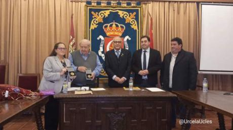 Entrega de la Medalla de las Cuatro Sinagogas de la Ciudad Santa a los conquenses Ana M. Gálvez y José Antonio Almonacid
