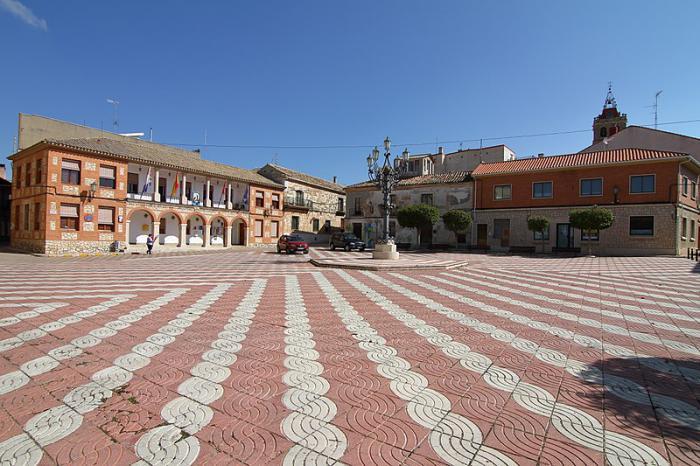 Horcajo de Santiago, Plaza de España