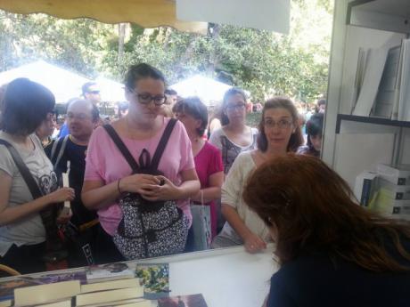 """La Feria del Libro acoge la presentación de la novela """"El mensajero sin nombre"""""""