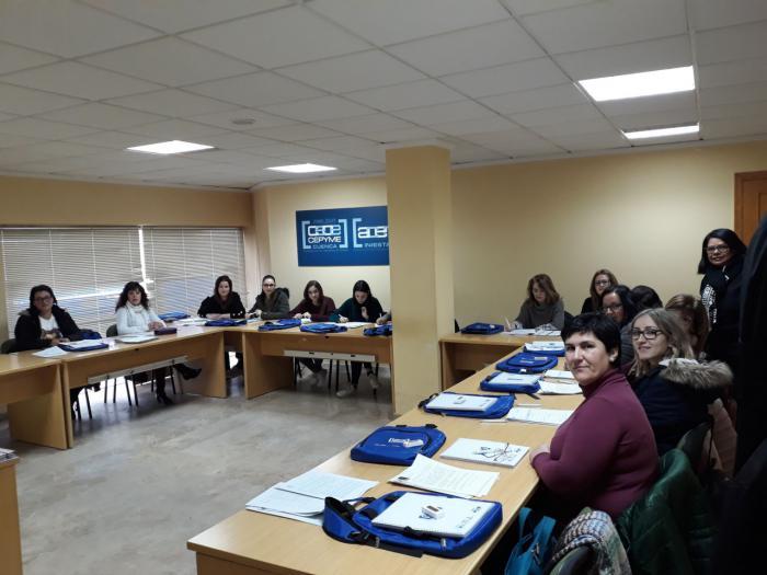 CEOE CEPYME y ACEM imparten en Iniesta un curso sobre Atención Sociosanitaria