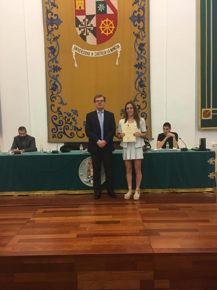 La UCLM reconoce a dos palistas del Club Piragüismo Cuenca con Carácter como Estudiantes Destacados.