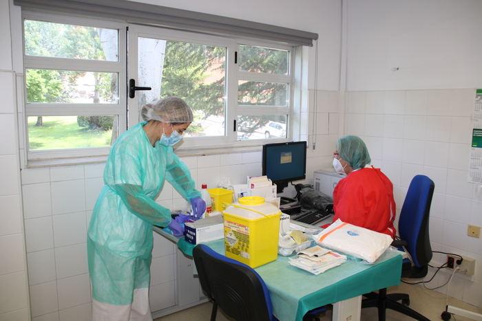 Los profesionales de Primaria del Área Integrada de Cuenca han realizado más de 4.800 consultas telemáticas con sus pacientes