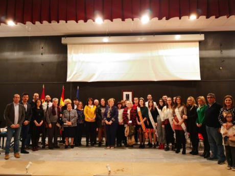 El Pedernoso rinde homenaje a la Constitución Española en su 40 aniversario. Un acto organizado por el Ayuntamiento y con la participación de asociaciones, cofradías y sociedad civil pedernoseña